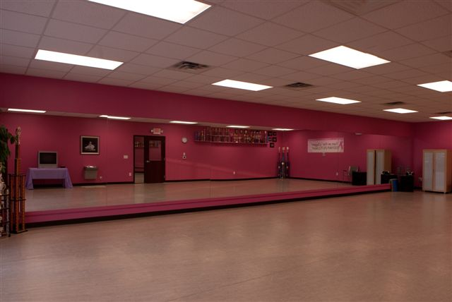 Christy's DancExplosion Facility